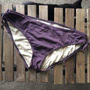 Victoria Secret   purple swimsuit bottoms